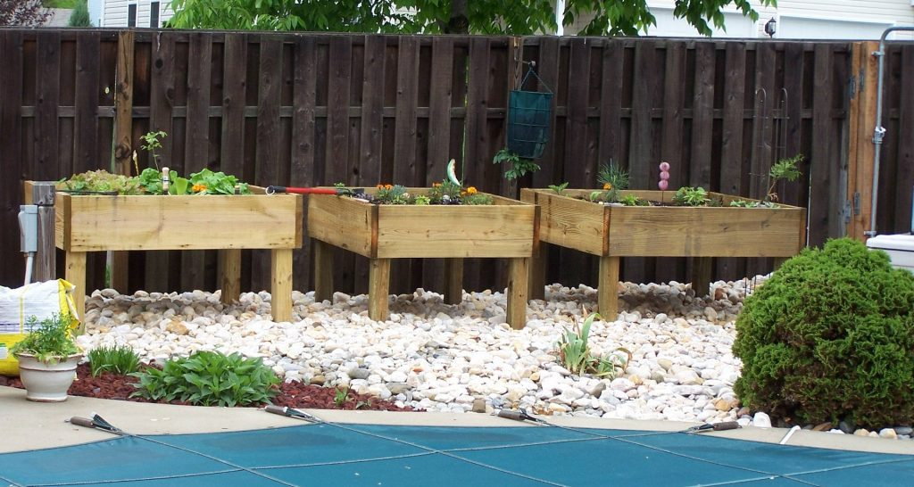How to Build a Raised Garden Bed with Legs?